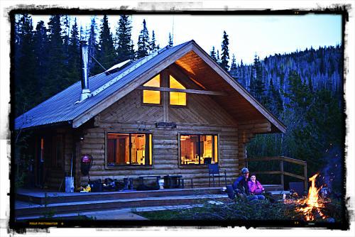Photo thumbnail: Tesla Lake Lodge